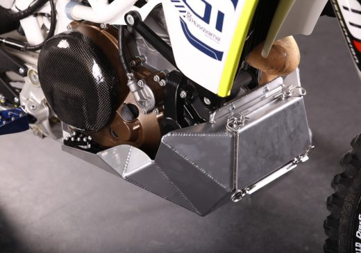 KTM 690 skild plate with tool box