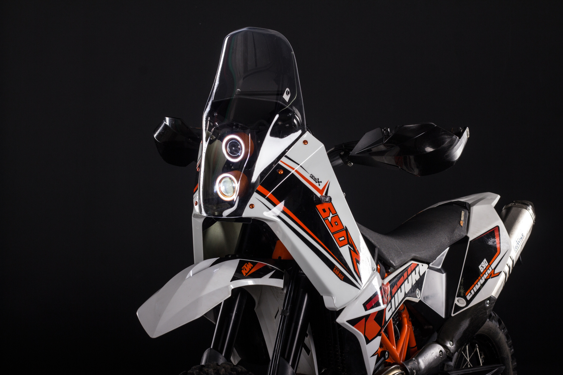 KTM 690 Fairing kit - Rade Garage