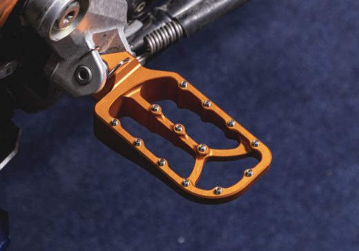 KTM low and large footpegs