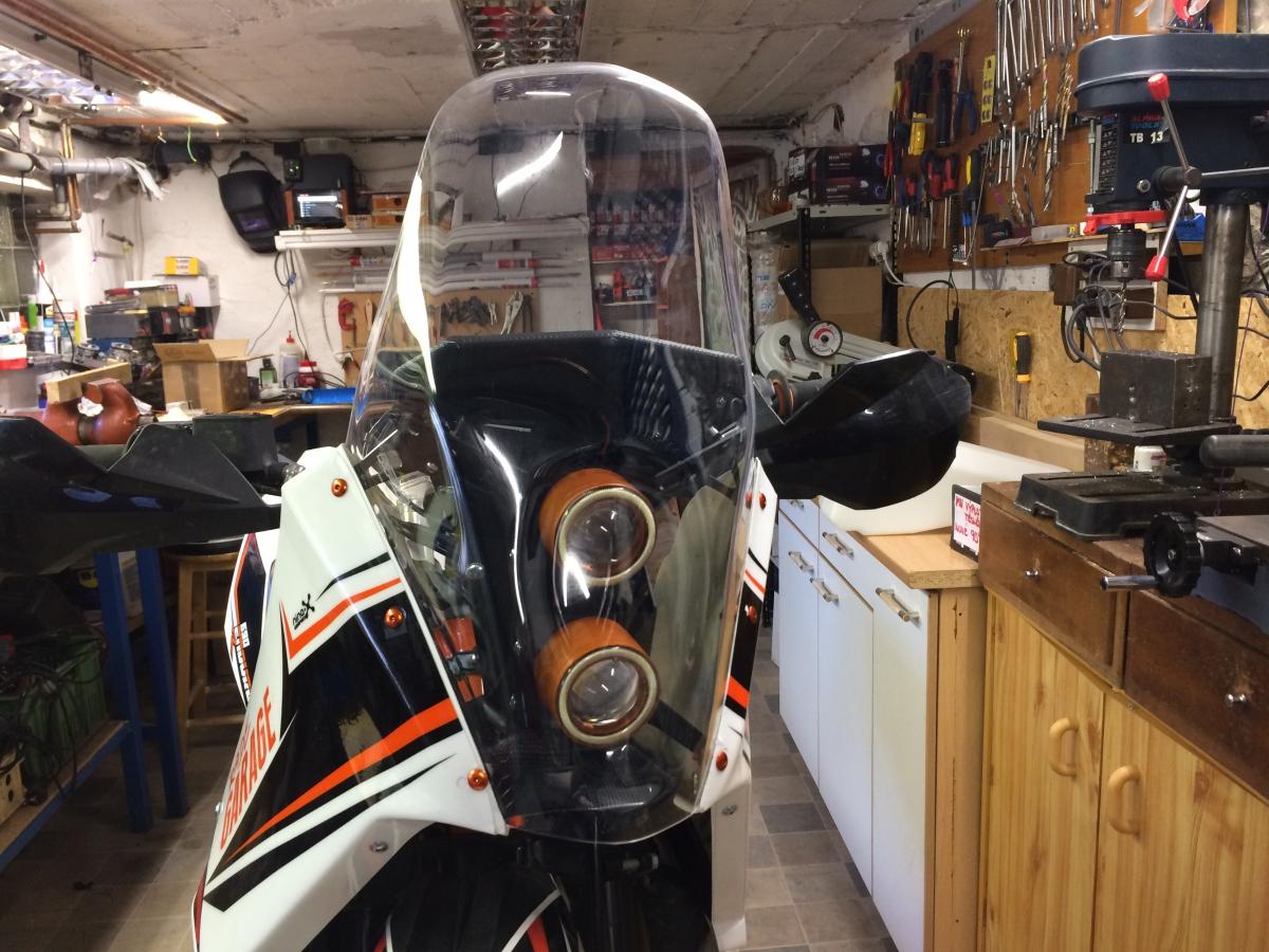 New ktm 690 f2 kit – rade garage